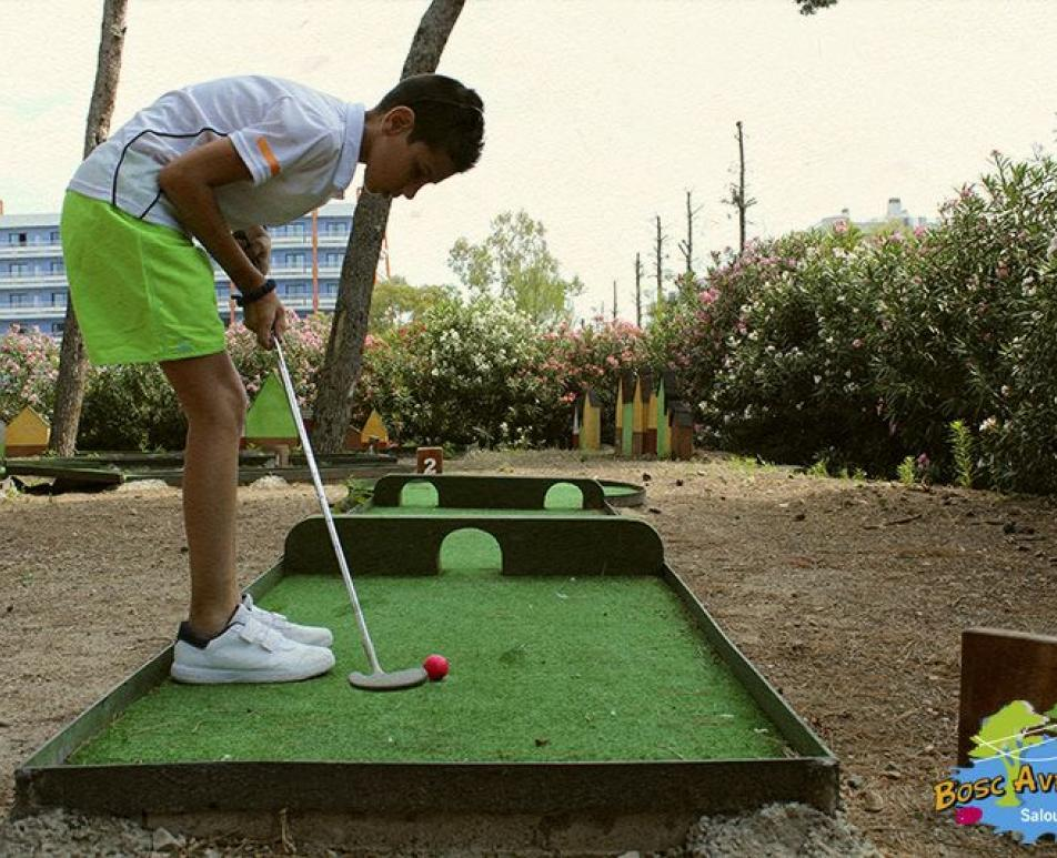 Come Bosc Aventura, your minigolf park in Salou